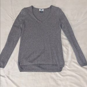Gray Old Navy sweater